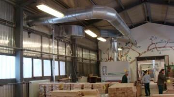 Az új építésű belső porelszívó-csőhálózat egy része